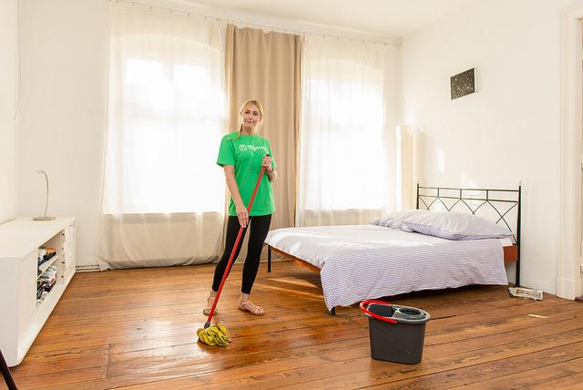 Femme cherche menage chez particuliers