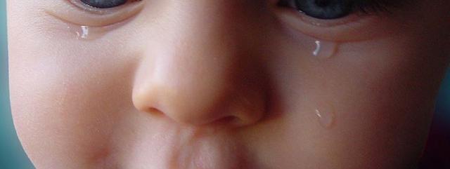 Bébé ne veut que maman (ou papa), que faire?
