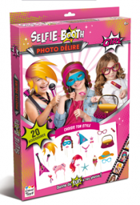 selfie booth Girls