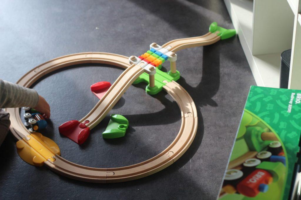 circuit train en bois Brio