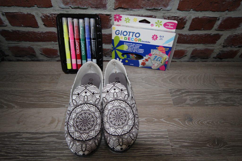 chaussons à colorier