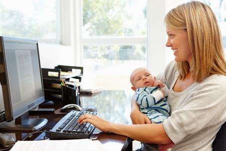 mamans au foyer ordinateur