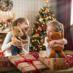 Offrirez-vous trop de cadeaux à votre enfant à Noël ?