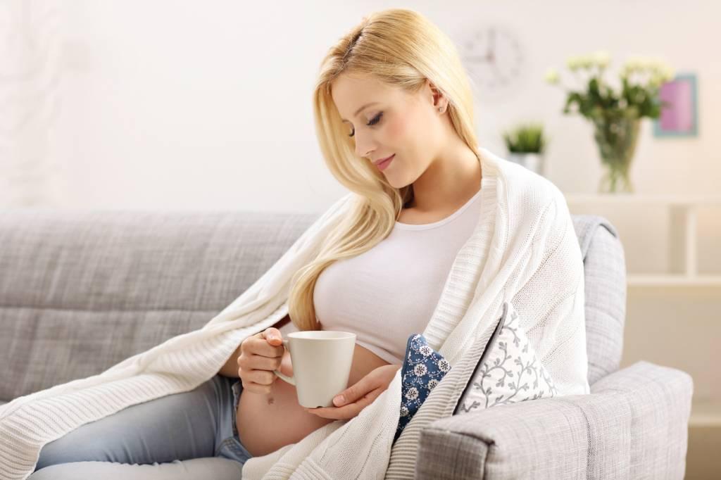 thé vert bon ou mauvais pour femme enceinte