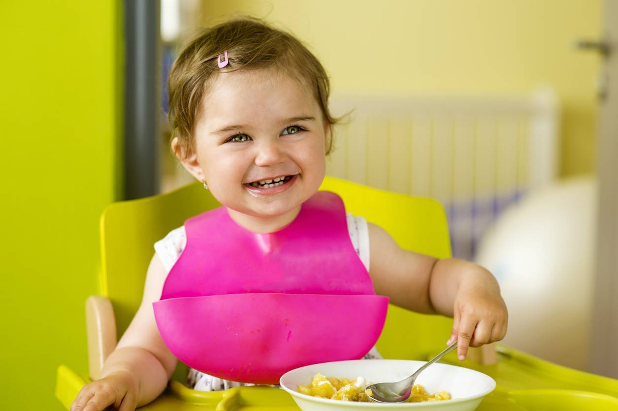 bavoir silicone bébé repas