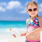Comment choisir la crème solaire de votre enfant ?