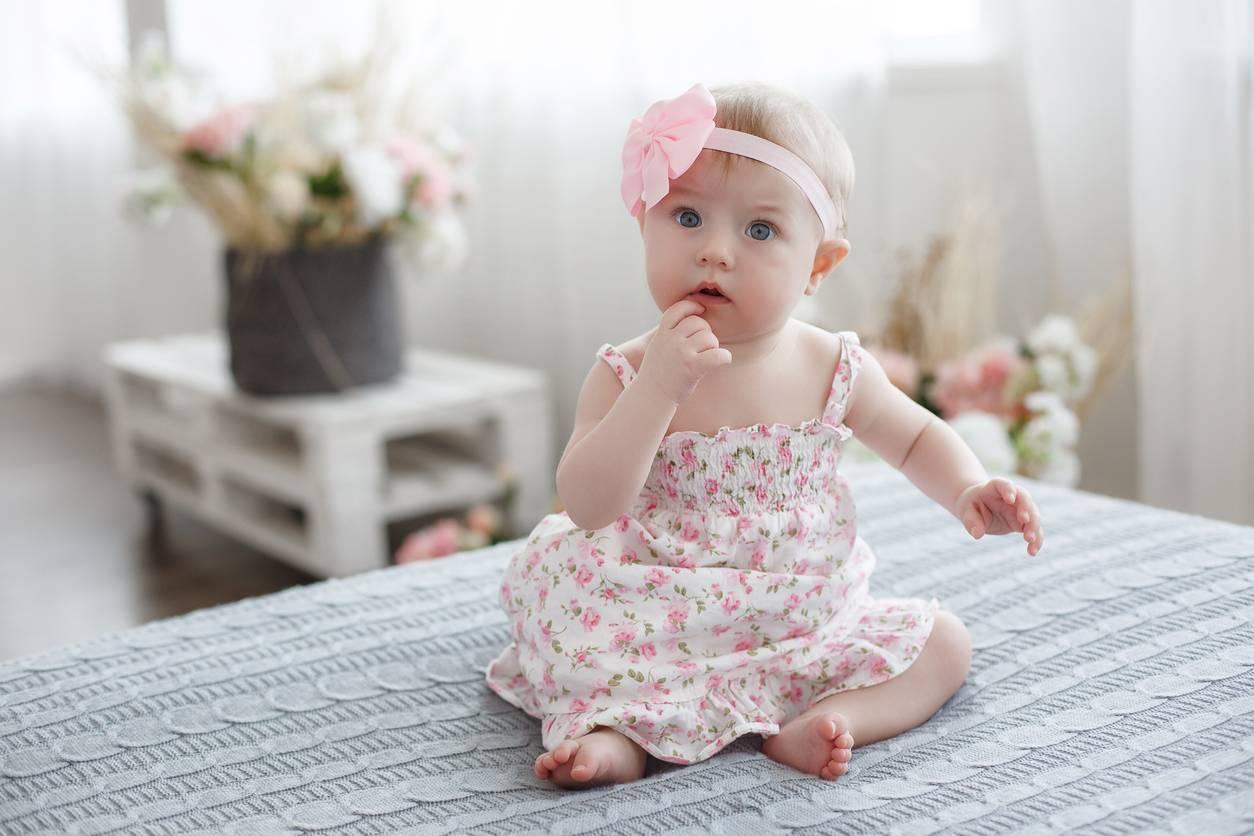 quels vêtements tendance pour un bébé en 2021