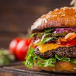 Le fameux burger magique déclencheur d'accouchements